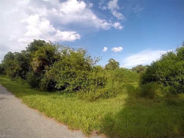 475 Serenade Ter, Lake Placid, FL 33852 (#221058135) :: Earls / Lappin Team at John R. Wood Properties