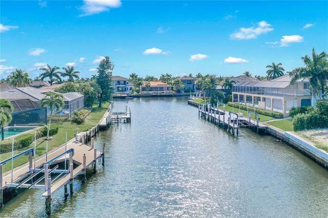 251 Edgewater Ct NE, Marco Island, FL 34145 (MLS #221059922) :: Realty One Group Connections