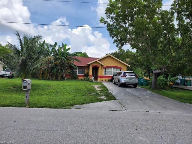 5383 17th Ave SW, Naples, FL 34116 (#221063115) :: Earls / Lappin Team at John R. Wood Properties
