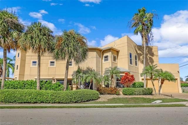 9625 6th St N, Naples, FL 34108 (#221066264) :: Earls / Lappin Team at John R. Wood Properties