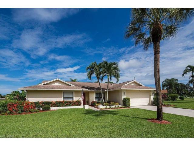 1639 Nottingham Dr, Naples, FL 34109 (MLS #217049526) :: The New Home Spot, Inc.