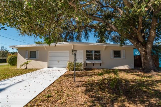 3484 Lakeview Dr, Naples, FL 34112 (MLS #218042477) :: RE/MAX Radiance
