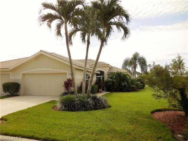 11276 Lakeland Cir, Fort Myers, FL 33913 (#218052752) :: Equity Realty