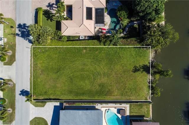 1598 Curlew Ave, Naples, FL 34102 (MLS #219078693) :: Clausen Properties, Inc.