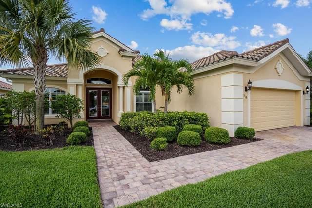 9176 Flint Ct, Naples, FL 34120 (#220026543) :: The Dellatorè Real Estate Group