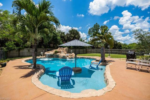 1510 9th St SW, Naples, FL 34117 (#220037516) :: Jason Schiering, PA