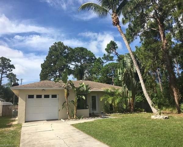 28 6th St, Bonita Springs, FL 34134 (#220038637) :: Caine Premier Properties