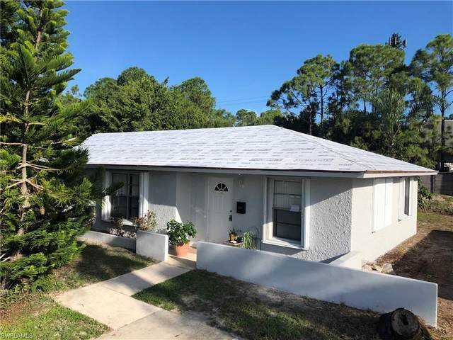 3165 Poinciana Dr, Naples, FL 34105 (#220047908) :: Equity Realty