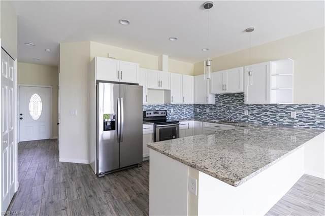 383/ 385 Pennfield St, Lehigh Acres, FL 33974 (MLS #220051933) :: Clausen Properties, Inc.