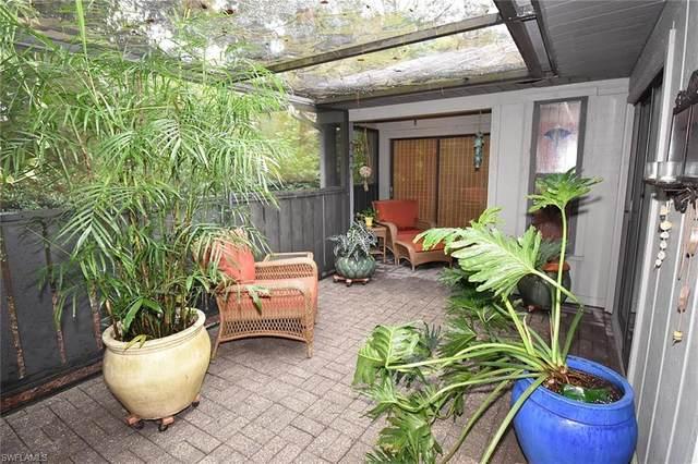 1042 Oak Forest Dr #6, Naples, FL 34104 (#220053807) :: Caine Premier Properties