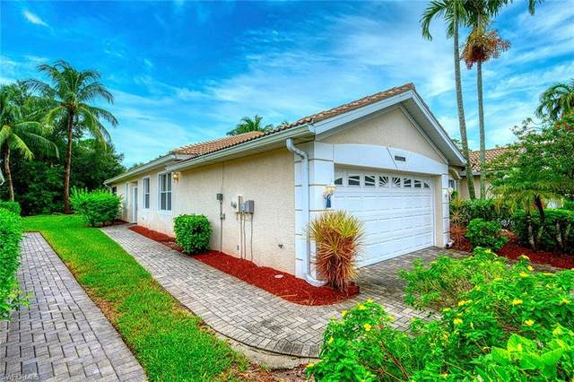 7734 Bay Lake Dr, Fort Myers, FL 33907 (#220054689) :: The Dellatorè Real Estate Group