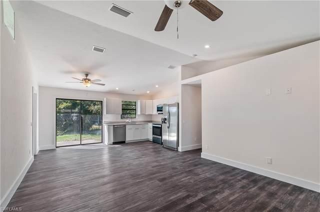 18566 Sunflower Rd W, Fort Myers, FL 33967 (MLS #220082175) :: Clausen Properties, Inc.