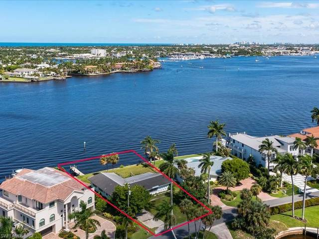 1990 Kingfish Rd, Naples, FL 34102 (#221059496) :: Equity Realty