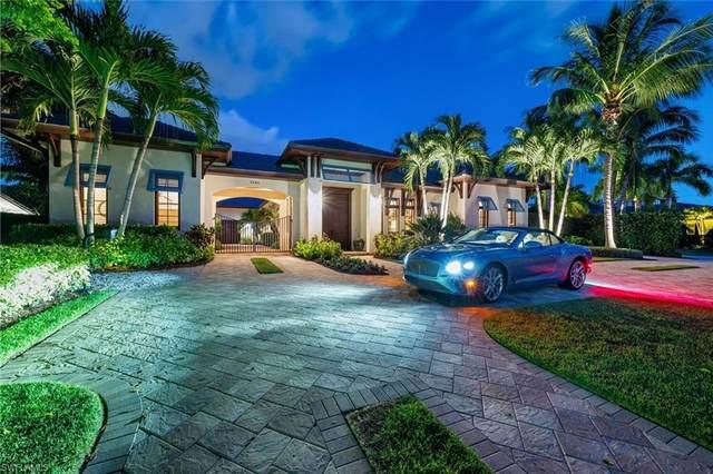 2284 Crayton Rd, Naples, FL 34103 (#221070608) :: The Michelle Thomas Team
