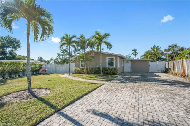 1880 Holiday Ln, Naples, FL 34104 (#217075960) :: Equity Realty