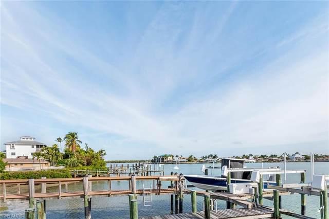 94 Dolphin Cir, Naples, FL 34113 (#220012160) :: We Talk SWFL