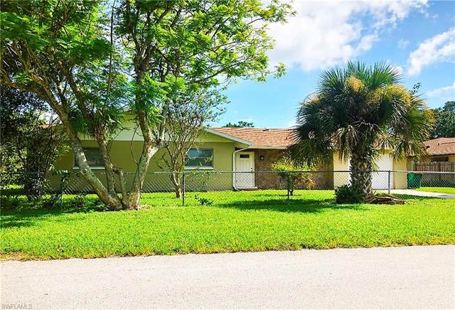 720 102nd Ave N, Naples, FL 34108 (#220052560) :: Equity Realty