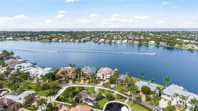 2001 Kingfish Rd, Naples, FL 34102 (#221052475) :: Earls / Lappin Team at John R. Wood Properties