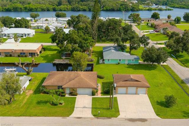 14952 Randolph Dr, Fort Myers, FL 33905 (MLS #221055943) :: Realty World J. Pavich Real Estate