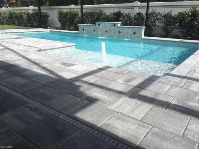 10027 Florence Cir, Naples, FL 34110 (MLS #217015625) :: The New Home Spot, Inc.