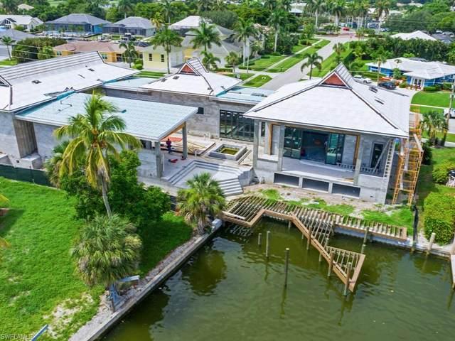517 N Barfield Dr, Marco Island, FL 34145 (#221032496) :: The Michelle Thomas Team