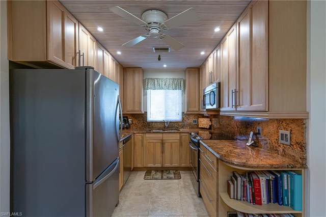 6090 Huntington Woods Dr #26, Naples, FL 34112 (#220047760) :: The Michelle Thomas Team
