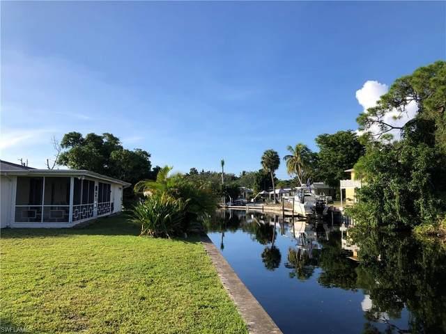 2620 Riverview Dr, Naples, FL 34112 (MLS #220062265) :: Avantgarde