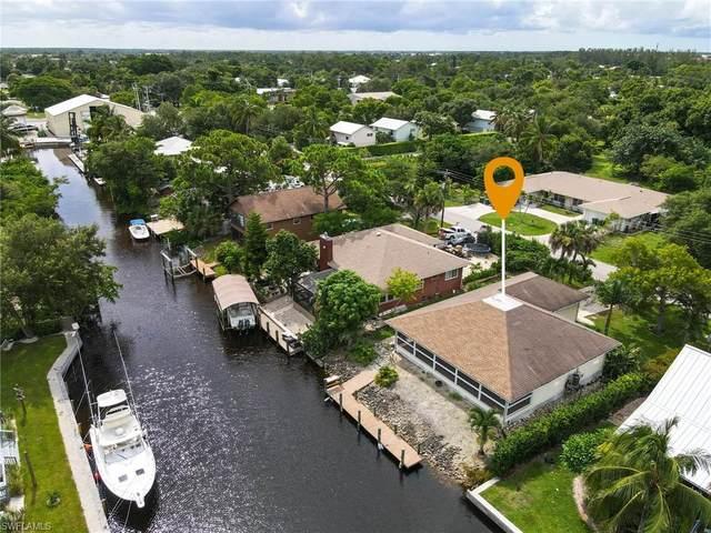 2701 Lakeview Dr, Naples, FL 34112 (#221056584) :: Southwest Florida R.E. Group Inc
