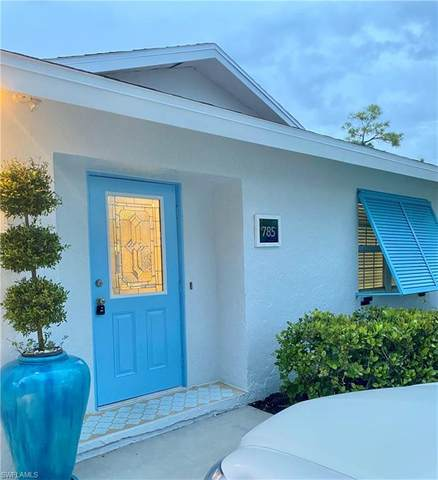 785 105th Ave N, Naples, FL 34108 (#221062432) :: Earls / Lappin Team at John R. Wood Properties
