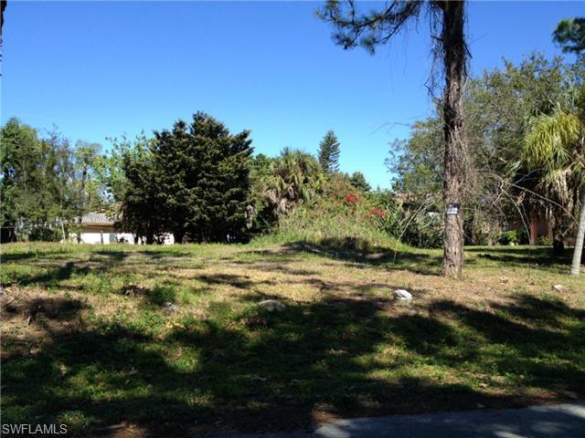 4464 Pine Lake Rd, Bonita Springs, FL 34134 (MLS #215013153) :: The New Home Spot, Inc.
