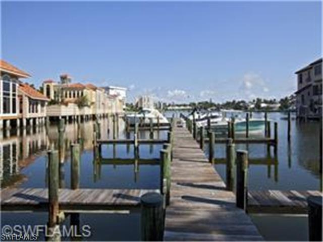 4190 N Gulf Shore Blvd #53, Naples, FL 34103 (MLS #215013808) :: The New Home Spot, Inc.