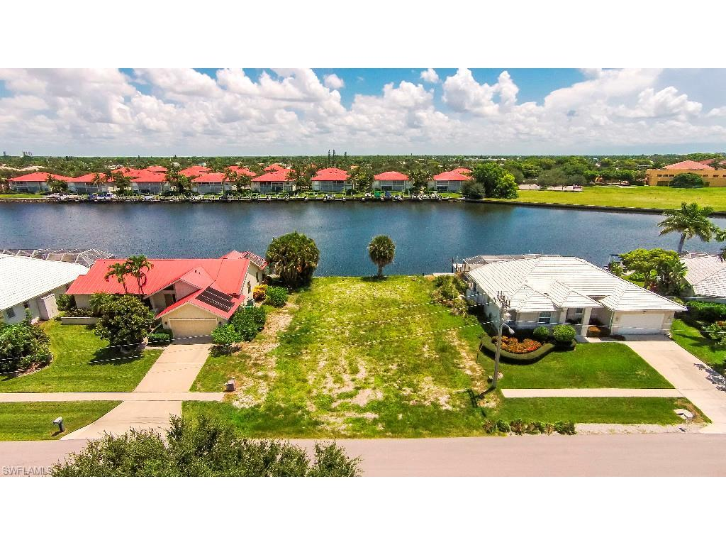 69 S Seas Ct, Marco Island, FL 34145 (#215044619) :: Homes and Land Brokers, Inc