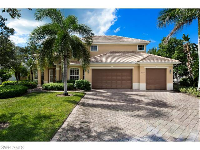 8027 San Simeon Way, Naples, FL 34109 (MLS #215045311) :: The New Home Spot, Inc.