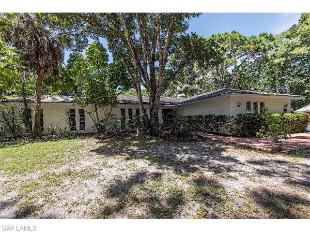 41 Caribbean Rd, Naples, FL 34108 (MLS #215049040) :: The New Home Spot, Inc.