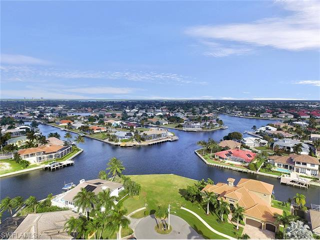 187 Snowberry Ct, Marco Island, FL 34145 (MLS #215070138) :: The New Home Spot, Inc.
