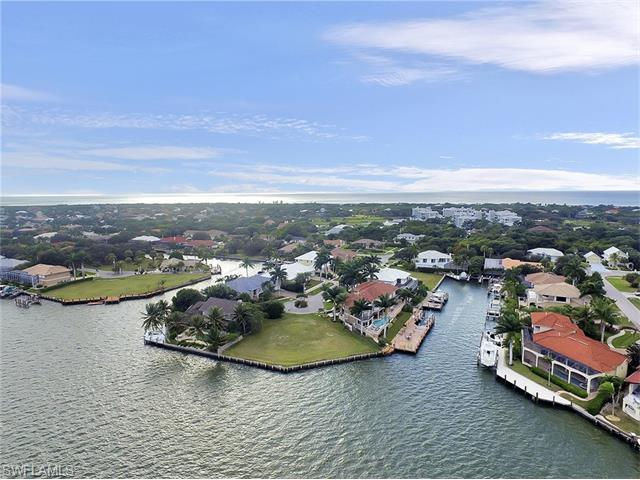 490 Gray Ct, Marco Island, FL 34145 (MLS #215070164) :: The New Home Spot, Inc.