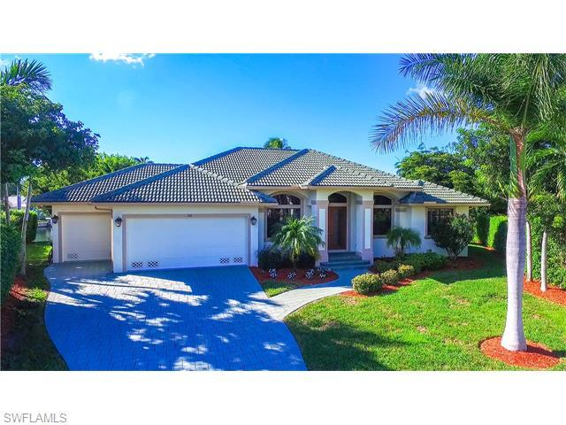 366 Grapewood Ct, Marco Island, FL 34145 (MLS #216009562) :: The New Home Spot, Inc.