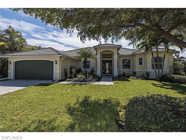 722 S Golf Dr, Naples, FL 34102 (#216012230) :: Homes and Land Brokers, Inc