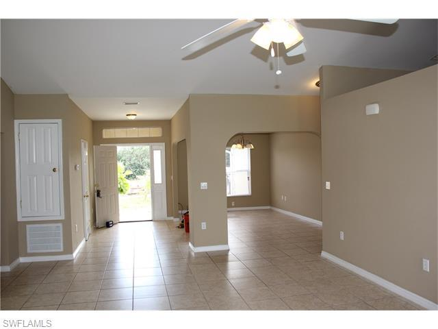 1817 NE 22nd Ter, Cape Coral, FL 33909 (MLS #216015601) :: The New Home Spot, Inc.