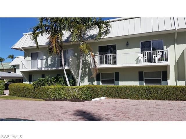 333 Harbour Dr #109, Naples, FL 34103 (#216016075) :: Homes and Land Brokers, Inc