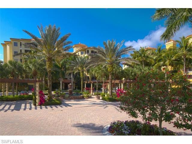 2738 Tiburon Blvd E B-301, Naples, FL 34109 (#216022210) :: Homes and Land Brokers, Inc