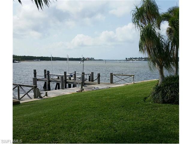 2555 Tarpon Rd, Naples, FL 34102 (#216023106) :: Homes and Land Brokers, Inc