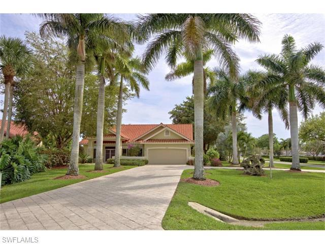 123 Newport Dr, Naples, FL 34114 (#216024794) :: Homes and Land Brokers, Inc