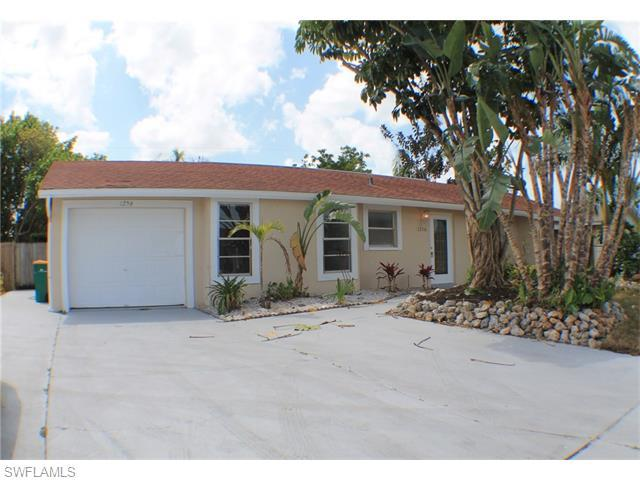 1256 Granada Blvd, Naples, FL 34103 (MLS #216026422) :: The New Home Spot, Inc.
