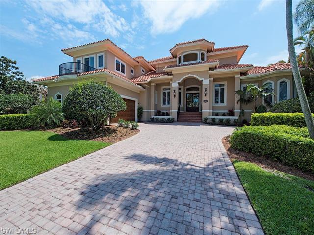 672 16TH Ave S, Naples, FL 34102 (MLS #216026782) :: The New Home Spot, Inc.