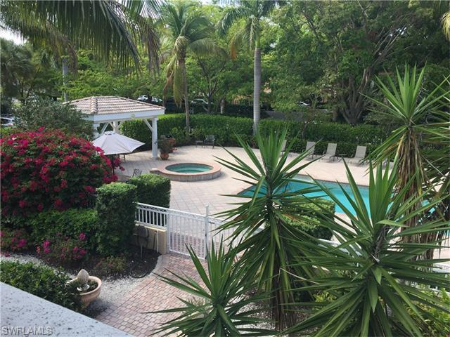 950 7th Ave S #21, Naples, FL 34102 (MLS #216027665) :: The New Home Spot, Inc.