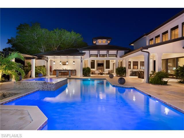 3170 Crayton Rd, Naples, FL 34103 (#216027808) :: Homes and Land Brokers, Inc