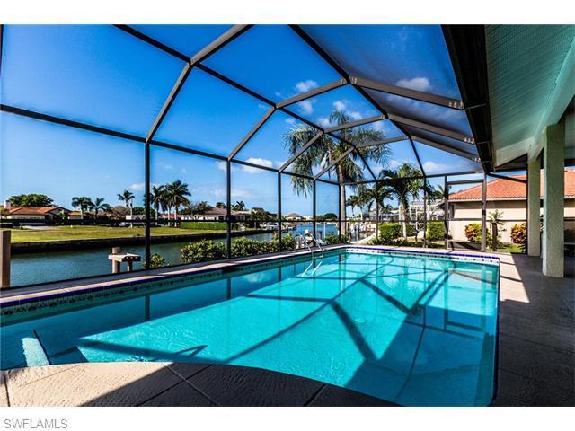 942 N Barfield Dr, Marco Island, FL 34145 (MLS #216028003) :: The New Home Spot, Inc.