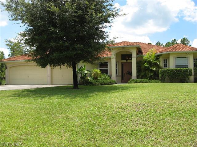 1510 Golden Gate Blvd E, Naples, FL 34120 (#216029517) :: Homes and Land Brokers, Inc
