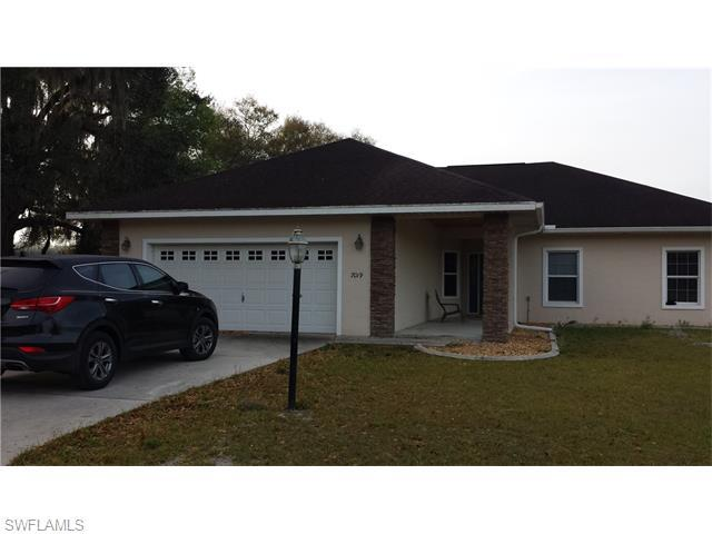 7019 SW 3rd Ter, BUSHNELL, FL 33513 (MLS #216030003) :: The New Home Spot, Inc.